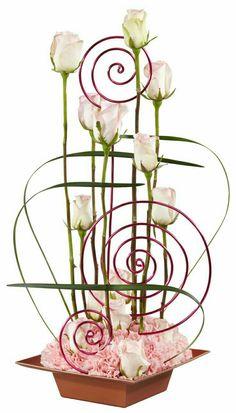 RushWorld loves this stunning example of Ikebana!