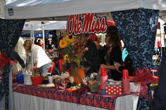 #OleMiss in the Grove. THIS is how you tailgate. And this is what separates the SEC from every other conference. Well, that and winning of course...