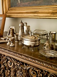 I love a display a vintage silver. Silver Trays, Silver Plate, Vintage Silver, Antique Silver, Tarnished Silver, Argent Antique, Luxury Interior Design, French Antiques, Luxury Homes