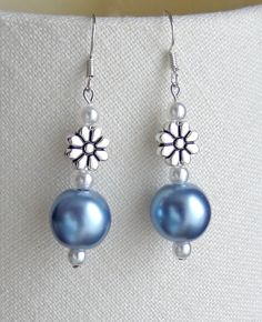 Daisy & light blue earrings - to match necklace