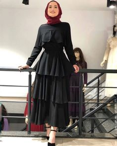 Hijab Evening Dress, Hijab Dress Party, Hijab Style Dress, Hijab Outfit, Muslim Fashion, Modest Fashion, Abaya Fashion, Fashion Dresses, Hijab Mode Inspiration