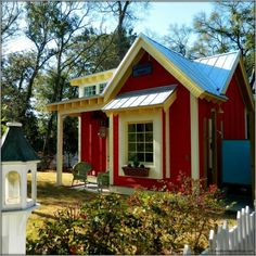 The Little Red Bungalow: Beautiful Tiny Cottage - Tiny House Pins Style Cottage, Cute Cottage, Red Cottage, Cottage Homes, Cottage Ideas, Little Cottages, Small Cottages, Cottages And Bungalows, Cabins And Cottages