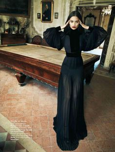 Shanina Shaik for Indian Vogue >| M Lou