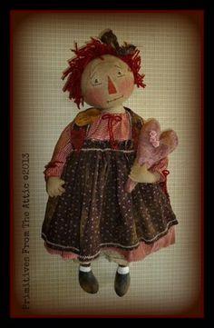 LG-PriMiTiVe-FoLKY-RAGGEDY-ANN-DoLL-with-her-OLDE-WOOLEN-HEART-FINGERS