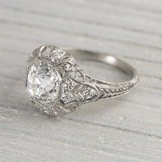 How Are Vintage Diamond Engagement Rings Not The Same As Modern Rings? If you're deciding from a vintage or modern diamond engagement ring, there's a great deal to consider. Vintage Art Deco Rings, Wedding Rings Vintage, Vintage Jewelry, Antique Jewelry, 1920s Engagement Ring, Perfect Engagement Ring, Sapphire Diamond Engagement, Diamond Wedding Rings, Emerald Diamond
