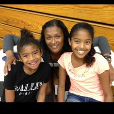 Kobe Bryant Family, Kobe Bryant Nba, Natalia Bryant, Kobe Bryant Daughters, Kobe Bryant Pictures, Nostalgia, Black Artists, Beautiful Family, Friends Family