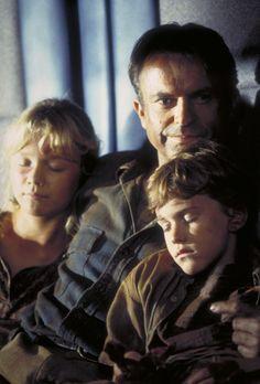 Still of Sam Neill, Ariana Richards and Joseph Mazzello in Jurassic Park (1993)