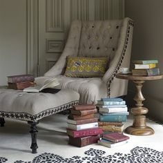 heaven = books and a chaise