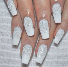 Nails Christmas Winter Sparkle 67 Ideas Nails Christmas Winter Sparkle 67 Ideas Christmas nails are that necessary component of your good vacation look. Chistmas Nails, Xmas Nails, Prom Nails, Holiday Nails, Christmas Acrylic Nails, Christmas Nails 2019, Valentine Nails, Halloween Nails, White Nail Designs