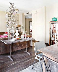 A charmingly decorated Madrid home! Via Mix and Chic.
