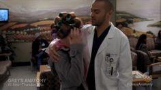 Grey's Anatomy April and Jackson | Grey's Anatomy Saison 10 Episode 12, Sarah Drew sportswear avec Jesse ...
