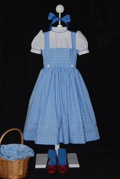 Dorothy from the Wizard of Oz - Makenna has been wanting to be Dorothy for over a year!