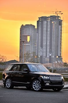 http://instaPhotog.com 2013 Range Rover (IBN MANSI Auto) .. Jeddah, Saudi Arabia