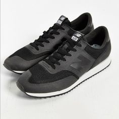 buy online ecbaa 3fd16 New balance 620 modern running sneaker Love but too big for me. Never worn.