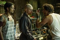 Elysium Matt Damon muscled and tattooed in a new photo
