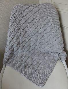 A blanket has no name Par allmadehere Posté dans - Tricot pour bébé le 26 septembre 2016 68 Commentaires  Bonjour les petits moineaux,