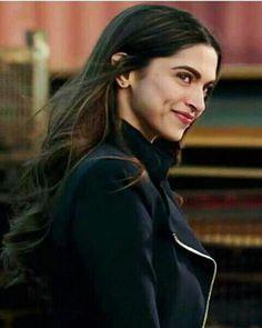bollywood celebrities Bollywood Images, Bollywood Girls, Bollywood Stars, Bollywood Celebrities, Bollywood Actress, Deepika Padukone Dresses, Deepika Ranveer, Aishwarya Rai, Shraddha Kapoor