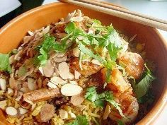Almond Chicken This recipe is as close as you can get to the scrumptious dish that was served at Center Inn restaurant that used to be in Grayslake, IL. Healthy Eating Tips, Good Healthy Recipes, Healthy Foods To Eat, Eating Habits, Healthy Cooking, Whole Food Recipes, Clean Eating, Healthy Skin, Free Recipes