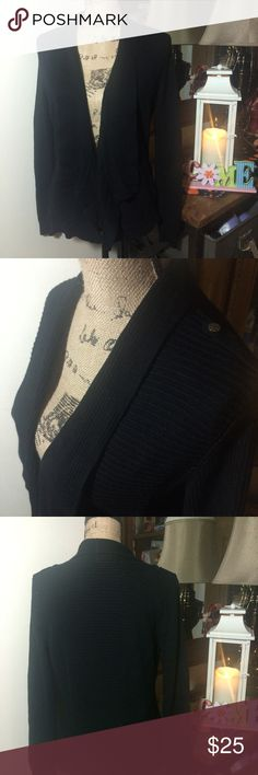 White House Black Market Black Open Cardigan White House Black Market Black Open Cardigan ; this is a great functional cardigan that is super cute; it is gently used and in overall good condition; size L White House Black Market Sweaters Cardigans