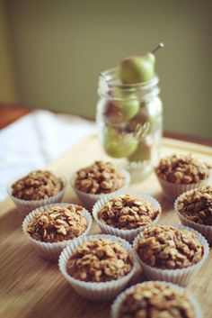 Apple crumble muffins...75 calories without the crumble topping...94 with!