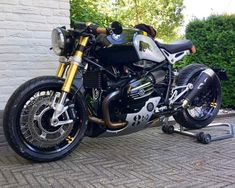 BMW RnineT cafe racer custom