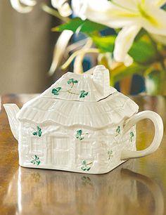 Teapot St. Patrick's Day #irish, #holidays, #pinsland, https://apps.facebook.com/yangutu