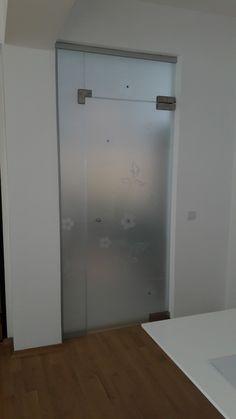 compartimentare  din sticla securizata : usa batanta , panou  fix lateral si luminator. Modelul este sablat si are aplicate cristale vetro. Decor, Furniture, Locker Storage, Home, Storage, Cabinet, Glass Design, Home Decor, Lockers