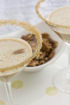Pecan Pie Martini | Cocktail Recipes #Drinks #Recipes #cocktails