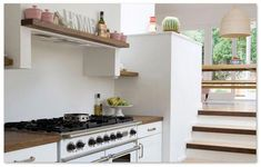 Cooker Hoods - Interested In Learning How To Cook? Smart Kitchen, Kitchen Units, Kitchen Cabinets, Kitchen Ideas, Shaker Kitchen, Kitchen Trends, Kitchen Designs, Country Kitchen, Kitchen Extractor Fan