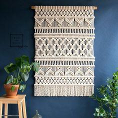 "Extra Large Macrame Wall Hanging - Woven Wall Art - Big fiber art - x - Wall Tapestry - ""Patricia"" Macrame Wall Hanging Patterns, Large Macrame Wall Hanging, Macrame Patterns, Crochet Patterns, Macrame Design, Macrame Art, Macrame Projects, Macrame Modern, Art Macramé"