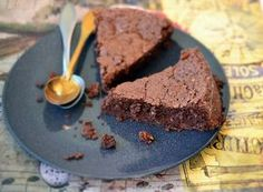 Fondant au chocolat sans œufs : une recette de dessert facile We genuinely believe that tattooing could be a method … Mug Recipes, Muffin Recipes, Dessert Recipes, Easy Recipes, Breakfast Recipes, Healthy Recipes, Dessert In A Mug, Delicious Desserts, Yummy Food