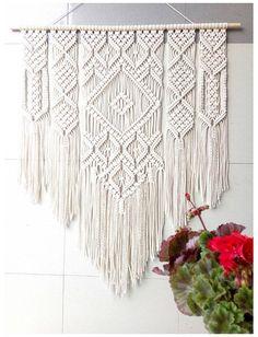 Macrame Wall Hanging Patterns, Large Macrame Wall Hanging, Tapestry Wall Hanging, Macrame Wall Hangings, Free Macrame Patterns, Quilt Patterns, Macrame Design, Macrame Art, Macrame Projects