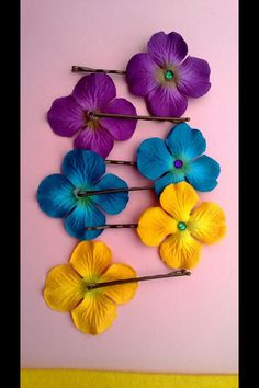 Hawaiian theme bobby pin flowers Myworld.ebay.com/Myas922