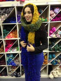 Fantastische sjaal met Colinette Point 5. Fabulous scarf using Colinette Point 5.