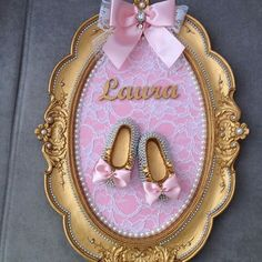 Maternity doorplate for Princess Laura. Baby Party, Baby Shower Parties, Baby Shower Themes, Baby Boy Shower, Baby Shower Centerpieces, Baby Shower Decorations, Baby Lane, Baby Shawer, Pregnancy Gifts