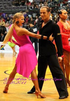 sorry for all the ballroom spam! Her face though! Riccardo Cocchi and Yulia Zagoruychenko-