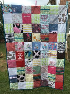 Large Keepsake Quilt made with Baby, Kids and Loved Ones Clothes Keepsake Quilting, Organic Baby, Baby Bodysuit, My Etsy Shop, Cushions, Quilts, Blanket, Handmade Gifts, Creative