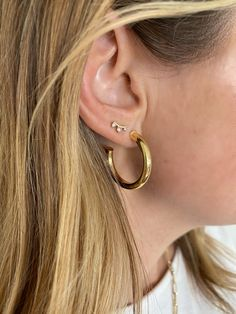 Lily Lily, Trend Accessories, Initial Jewelry, Trendy Jewelry, Gold Hoop Earrings, Work Outfits, Ear Piercings, Jewerly, Bling