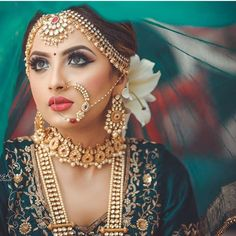 Looking for Bridal Lehenga for your wedding ? Dulhaniyaa curated the list of Best Bridal Wear Store with variety of Bridal Lehenga with their prices Indian Wedding Makeup, Indian Wedding Bride, Indian Makeup, Indian Beauty, Wedding Blush, Indian Weddings, Wedding Wear, Indian Inspired Makeup, Dream Wedding