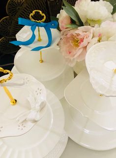 WHITE GOLD WEDDING Cake Stand 3 Tire Serving Tray Churchill | Etsy Wedding Cake Stands, Unique Wedding Cakes, White And Gold Wedding Cake, White Gold, Snow White Cake, Wedding Order, Easter Celebration, Dessert Table, Bone China