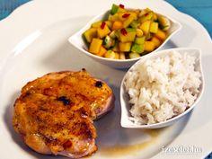 Gyömbéres csirkemell mangósalsával és kókusztejes rizzsel