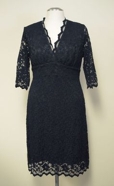 c8076fb951 Details about Kiyonna Women s Dress Plus Size 1X Purple Boudoir Lace Style  V Neck Made In USA