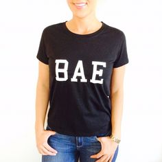 HOST PICK BAE TOP TRENDY NEW TOP. Size small/medium. Tops Tees - Short Sleeve
