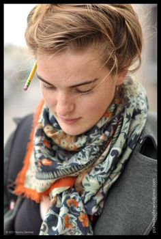 Love the way this scarf is tied