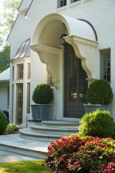 A place to share beautiful images of interior design, residential architecture and occasional other. Front Door Steps, Best Front Doors, Beautiful Front Doors, Front Entry, Country French, Exterior Doors, Entry Doors, Entryway, Exterior Stairs