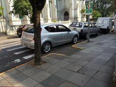 Grupo flagra infrações e expõe maus motoristas em rede social no RS +http://brml.co/1DREdBo