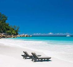 Seychellen-Insel Praslin: Strahlend weiße Strände und der indische Ozean – das ist Urlaub pur