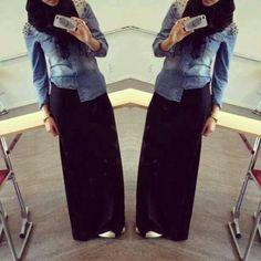 straight skirt, denim shirt, sneakers - perfect casual