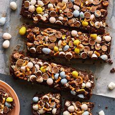 Perfect for easter! Coconut, Pretzel and Marshmallow Dark Chocolate Fudge http://www.spoonforkbacon.com/2017/04/coconut-pretzel-and-marshmallow-dark-chocolate-fudge/