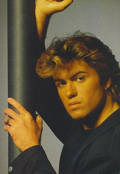 Love me so George, Such an Amazing Voice !!!!!!!     =)
